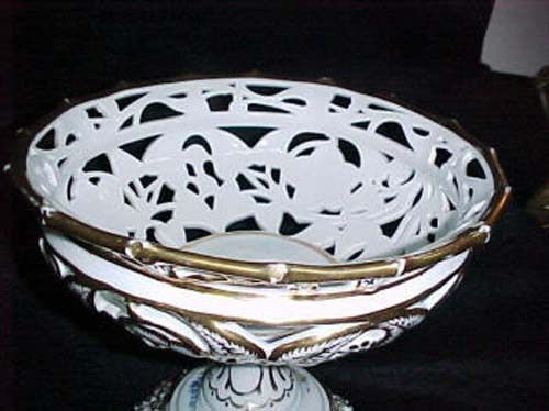 Old Paris Pedestal Gold and White Basket:- SOLD