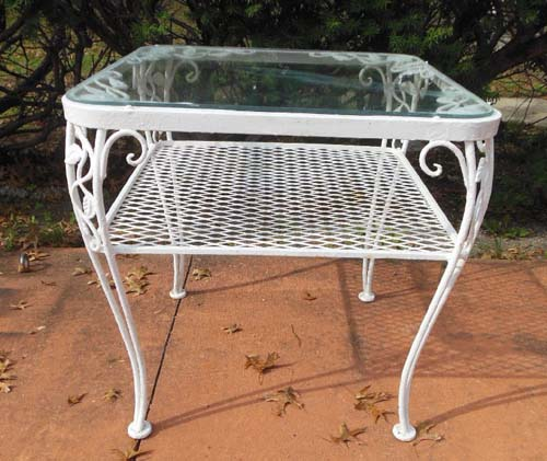 table Woodard  Chantilly Rose SOLD