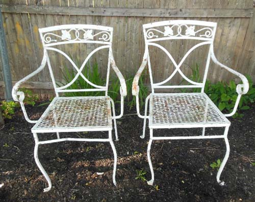 Salterini Chairs, Mt Vernon Pattern  Hold