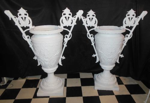 Urns,  Mott,  Cast Iron  Victorian