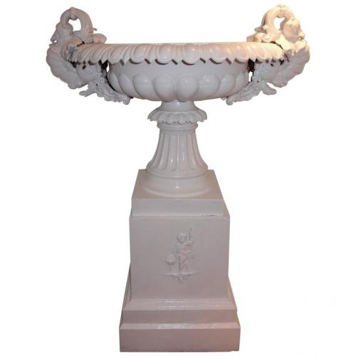 Garden Cast Iron Urn attrib.to Fiske
