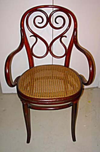 4 Antique Bentwood Thonet Chairs