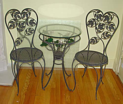 Italian Tole Bistro Set. SOLD