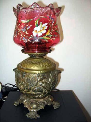 Lamp:Victorian Kerosene Lamp/ Cranberry Globe