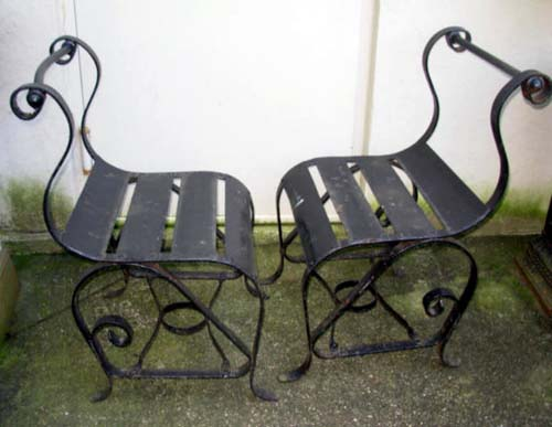 Chairs, Pr spring chairs wrought iron