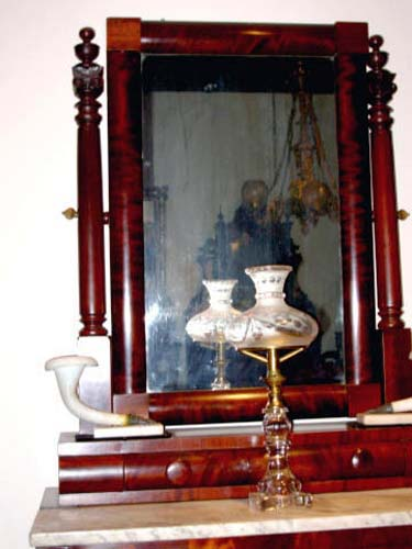 Dressing Table: Quervelle Stenciled Dressing Table