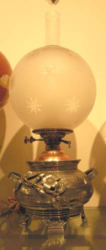 LAMP; Aesthetic Lamp,silverplate base