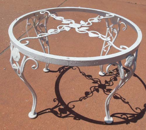Table,Woodard Chantilly Rose SOLD