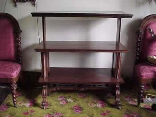 Am. 3 Tiered Butlers Server Sold
