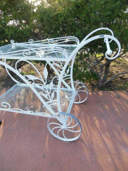 Tea cart, Vintage Salterini for patio/garden SOLD
