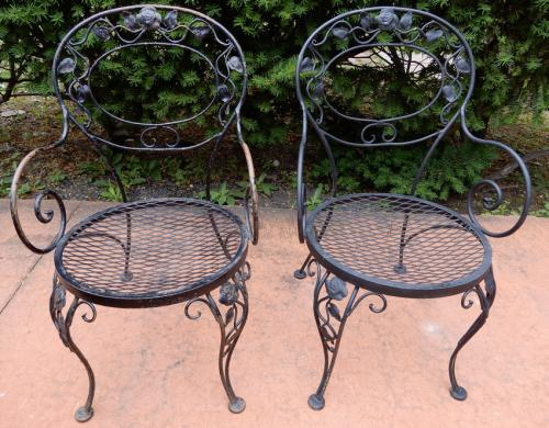 Woodard Chantilly Rose Pr Arm Chairs. SOLD