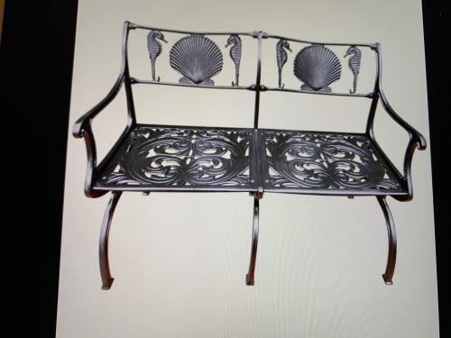 Molla shell & sea horse bench