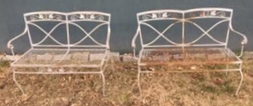 Salterini Pr Benches, Mt Vernon pattern