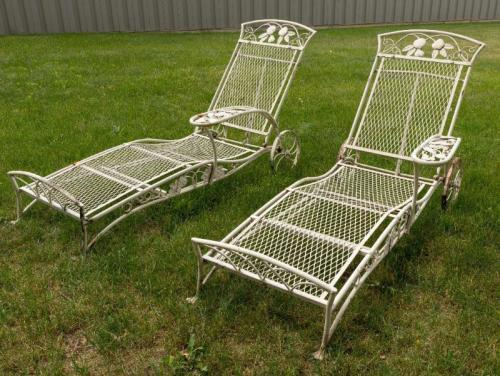 Salterini Pair of Chaise lounges