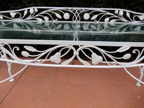 Salterini Console Della Robbia pattern