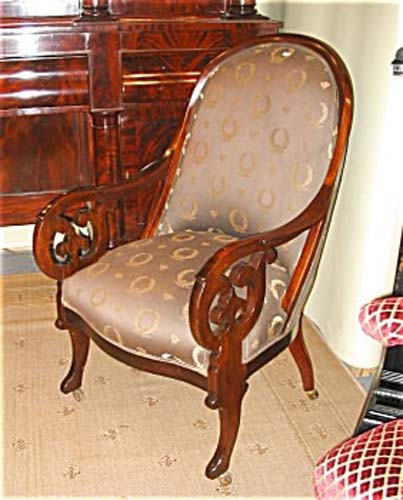 Am. Classical Gondola Armchair W Gothic Arms