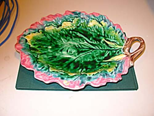 Majolica: Am. Majolica Etruscan Leaf
