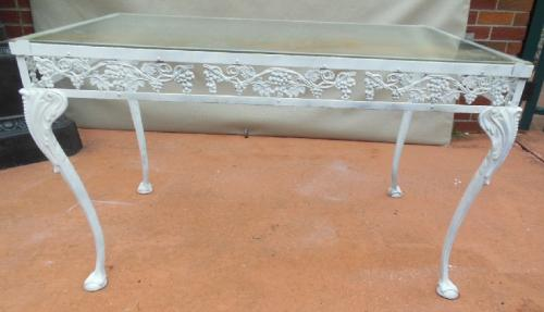 Vintage Molla Aluminum Dining Table